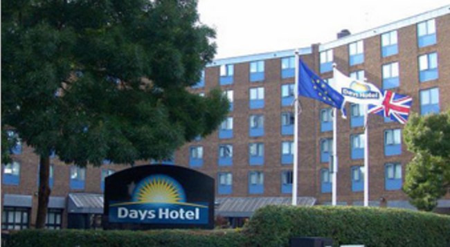 Days Hotel London- Waterloo - London - Building