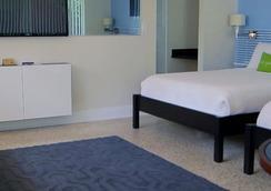 Victoria Park A North Beach Village Resort Hotel - Fort Lauderdale - Kamar Tidur