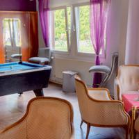Hotel B1 Billiards