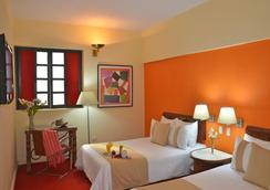 Hotel Mision Monterrey Historico - Monterrey - Kamar Tidur