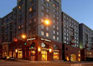 Residence Inn by Marriott Portland Downtown RiverPlace