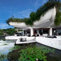 Ayana Resort and Spa Bali Restaurant