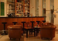 Intercityhotel Nürnberg - Nuremberg - Bar