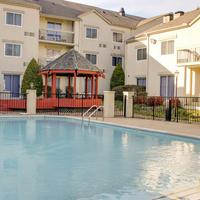 Club Hotel Nashville Inn and Suites Outdoor Pool