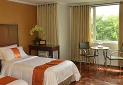 The Corporate Inn Hotel - Manila - Kamar Tidur