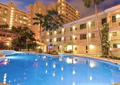 Waikiki Sand Villa - Honolulu - Kolam