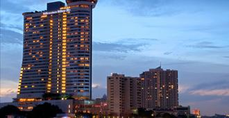 Millennium Hilton Bangkok - Bangkok - Bangunan