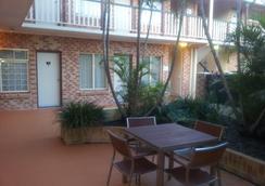 Airport Clayfield Motel - Brisbane - Serambi