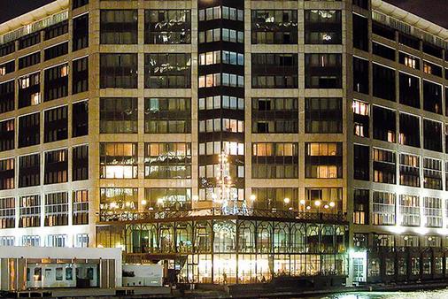 Britannia The International Hotel London, Canary Wharf - London - Bangunan