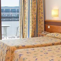 Hotel Mare Nostrum Guestroom