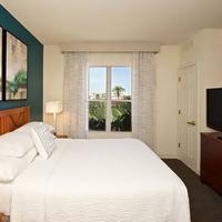 Residence Inn by Marriott Phoenix Airport Guest room