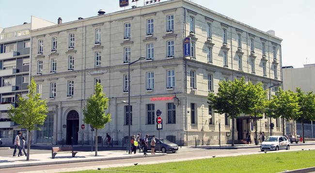 Best Western Hotel d'Anjou - Angers - Building