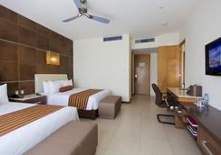 B2B Malecon Plaza Hotel & Convention Center - Cancun - Kamar Tidur