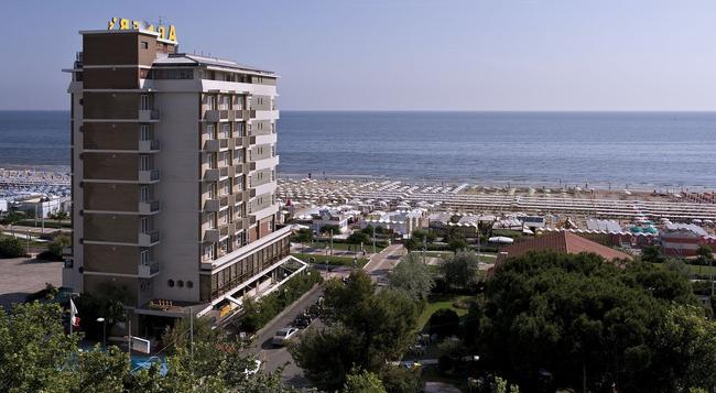 Hotel Abner's - Riccione - Building