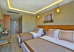 Corner Hotel Laleli - Istanbul - Kamar Tidur