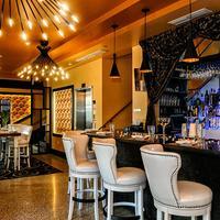 Catalina Hotel & Beach Club Hotel Lounge
