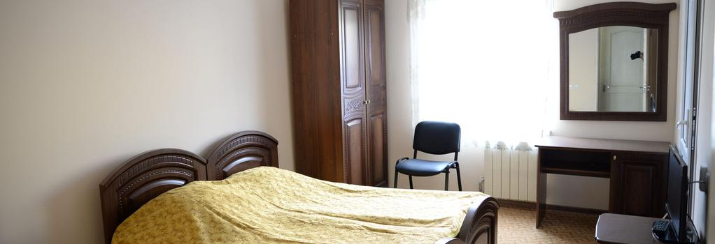 Guest House Eucalyptus - Sochi - Bedroom