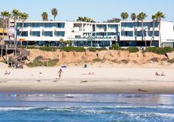 Tower23 Hotel - San Diego - Pantai