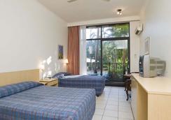 Frontier Darwin Hotel - Darwin - Kamar Tidur