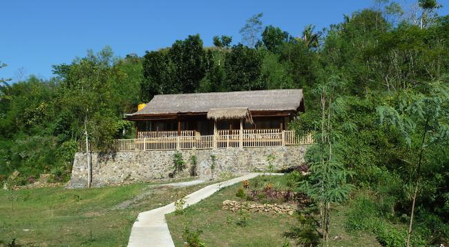 Magic Valley Guest House - Kuta (Lombok) - Building