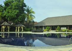 Sunari Beach Resort - Buleleng - Kolam