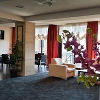 Regal Park Hotel Lobby Sitting Area