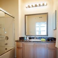 Sunshine Suites at The Piero Bathroom
