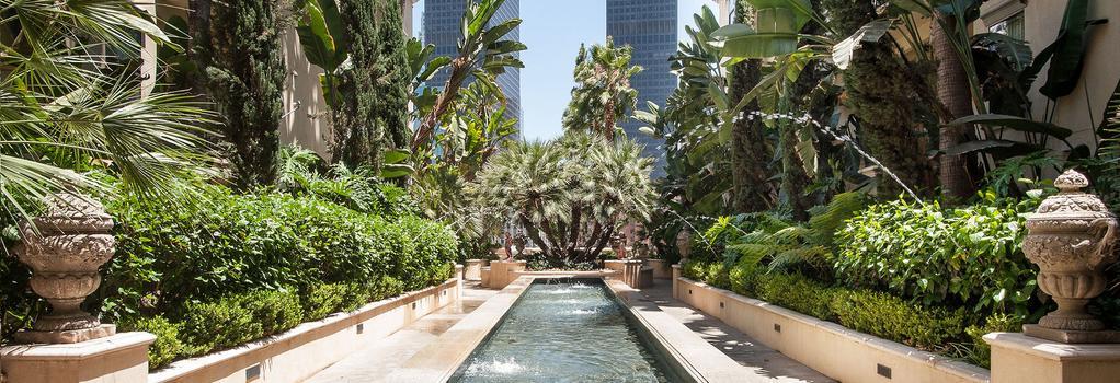 Sunshine Suites at The Piero - Los Angeles - Building