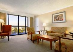 Ontario Airport Hotel and Conference Center - Ontario - Kamar Tidur