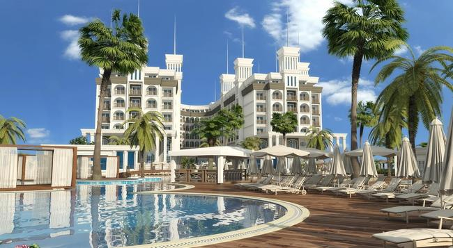 Quattro Beach Spa & Resort - Alanya - Building