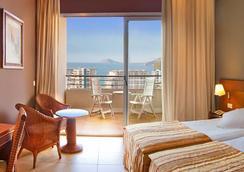 Hotel RH Ifach - Calp - Kamar Tidur