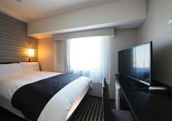 Apa Hotel Shinjuku Gyoen-Mae - Tokyo - Kamar Tidur