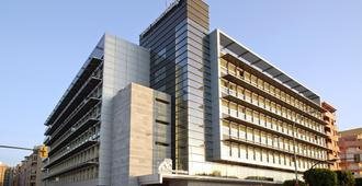 Hotel Ilunion Malaga - Malaga - Bangunan