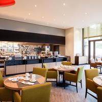 Steigenberger Parkhotel Braunschweig Breakfast Area