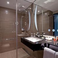 Steigenberger Parkhotel Braunschweig Bathroom