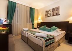 Kleopatra Royal Palm Hotel - Alanya - Kamar Tidur