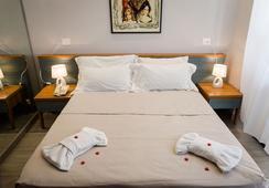 Reboa Resort - Roma - Kamar Tidur