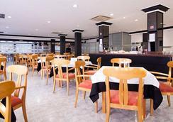 Hotel El Puerto - Ibiza - Restoran