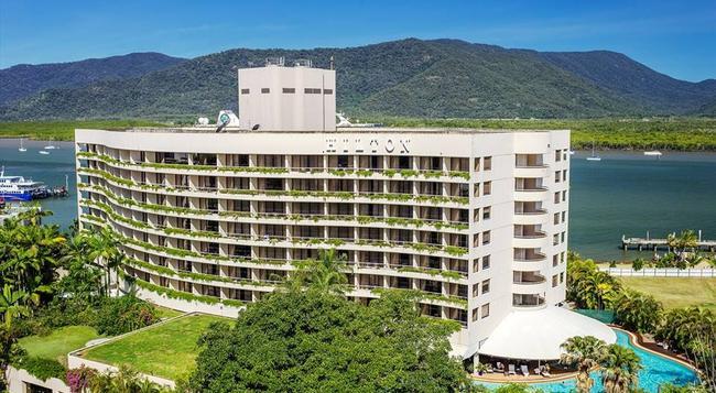 Hilton Cairns - Cairns - Building