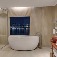 Sokha Phnom Penh Hotel Bathroom
