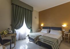 Hotel Regina Giovanna - Roma - Kamar Tidur