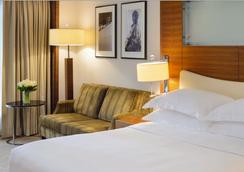 Mövenpick Hotel & Apartments Bur Dubai - Dubai - Kamar Tidur