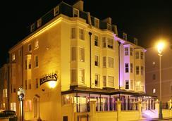 Legends Hotel - Brighton - Pemandangan luar