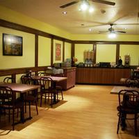 Econo Lodge Breakfast Area