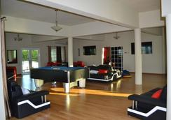 Negril Sky Blue Resorts Ltd - Negril - Lobi