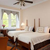Cornerstone Bed & Breakfast Guest room