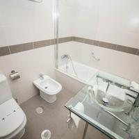 Los Omeyas Bathroom
