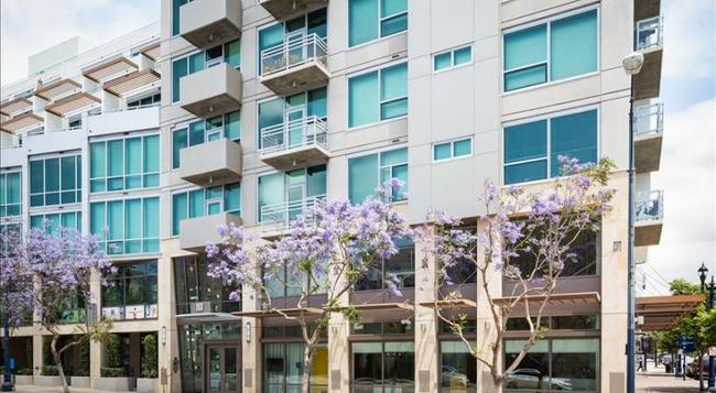 10th Avenue Apartment by Stay Alfred - San Diego - Building