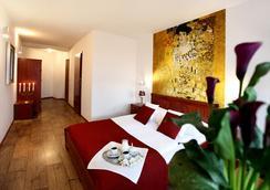 Hotel B.A.S Villa Residence - Krakow - Kamar Tidur