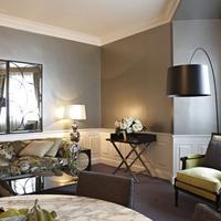Hotel Carlton Living Room